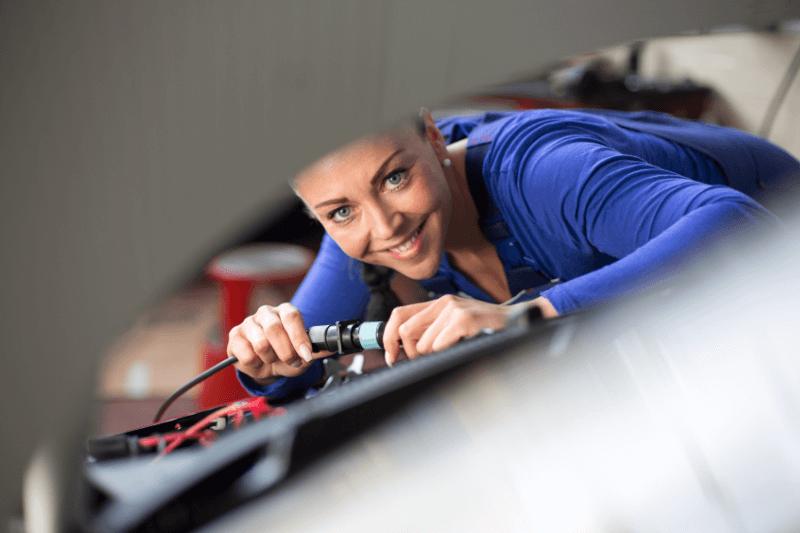 תיקון חלון חשמלי לרכב במחירים מוזלים